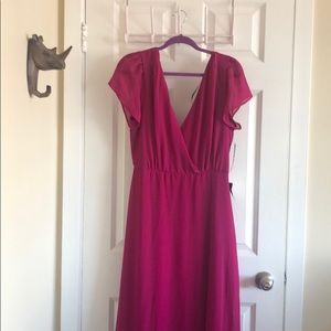 Lulu's long magenta dress
